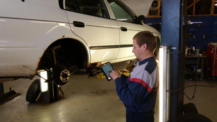 Digital Vehicle Inspection Improves the Lost Art of Customer Communication